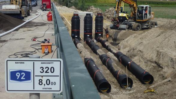 A92 München - Deggendorf: SediPipe XL plus, Reinigung von Oberflächenwasser