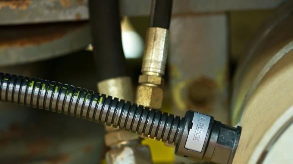 Zuverlässiger Kabelschutz für die Bahntechnik