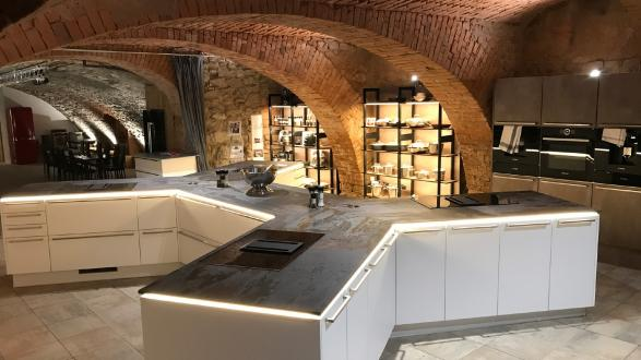 Showroom  and Event Cellar Hofstetter